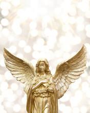 Golden Shiny Angle Statue Agai...
