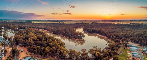 Poster Taupe Murray River bend at sunset - aerial panorama