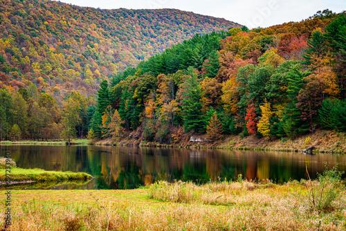 Beautiful Fall Foliage In the Mountains of Pennsylvania Fototapeta