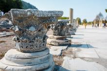 Columns Of Elements Of Buildin...