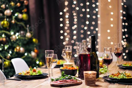 Fotografía  Festive table setting