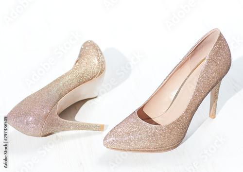 Slika na platnu golden high heel shoes, cinderella pointy pump shoe
