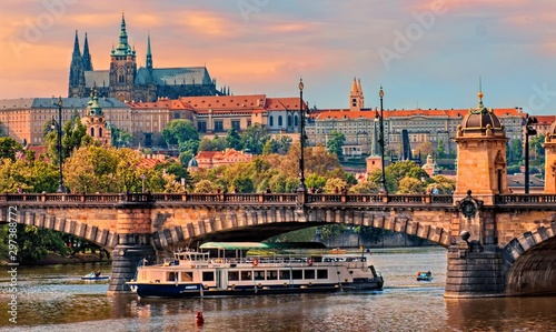 Obraz Prague Castle at sunset - Czech republic - fototapety do salonu