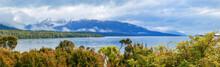 Picturesque Te Anau Lake And B...