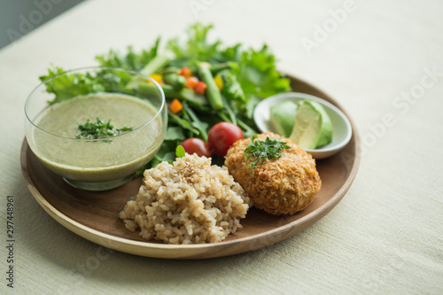 Fototapeta オーガニック野菜料理 obraz