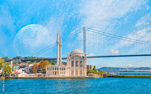 Tuinposter Oude gebouw Ortakoy mosque and Bosphorus bridge - Istanbul, Turkey
