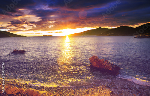 Photo sur Toile Mer coucher du soleil Sea sunset