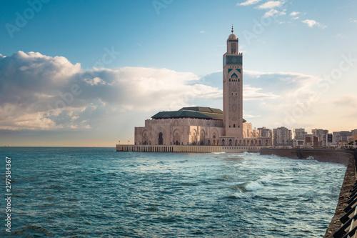 Widok Hassana II Meczet między wodą i niebem - Casablanca, Maroko
