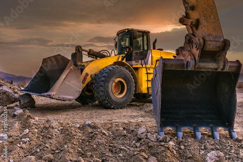 Canvastavla  Excavators working on a construction site