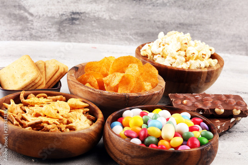 Salty snacks Tablou Canvas
