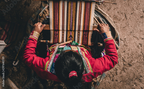 Fotografie, Obraz Indigenous lady working