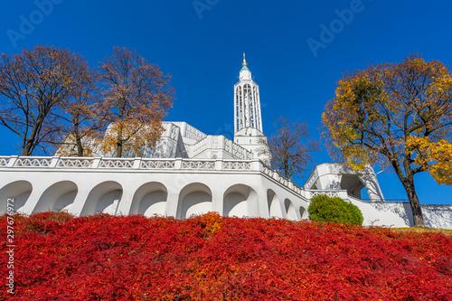 Obraz Jesień w Białymstoku, Kościół Św. Rocha - fototapety do salonu