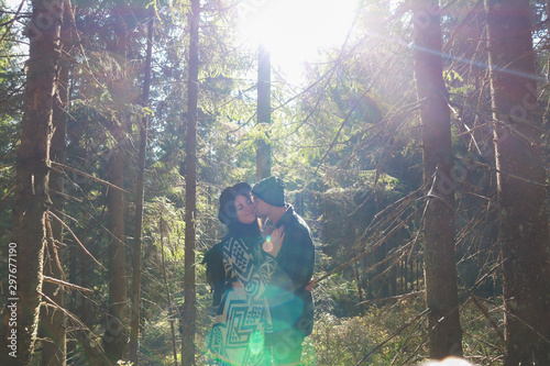 Montage in der Fensternische Lavendel Girl and man hikers in mountains. Nice clothes.Campaign. Ukrainian Carpathian Mountains. Traveling in Ukraine.Couple in love