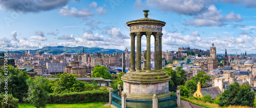 High resolution 84MP panorama of Edinburgh in Scotland Canvas