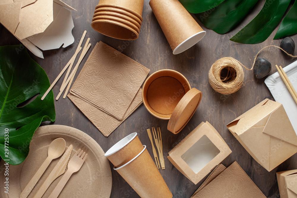 Fototapeta Eco craft paper tableware.
