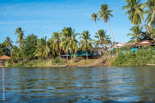 Valokuvatapetti 4000 Islands zone in Nakasong over the Mekong river in Laos