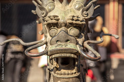 Poster de jardin Pekin Chinese Dragon statue head with open jaws from Ming dynasty era, in the Forbidden City, Beijing, China