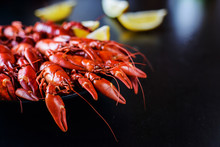 Red Crawfish With Lemon On Dar...