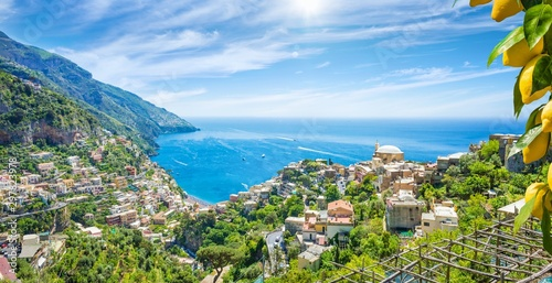 Panoramic aerial view of beautiful Positano with comfortable beaches and clear blue sea on Amalfi Coast in Campania, Italy Canvas-taulu