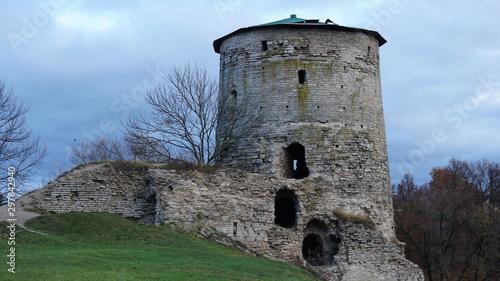 Rattle tower, Rattle tower, belfry, campanile, steeple, maypole, beanpole, belfr Canvas Print
