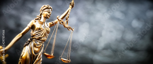 Leinwand Poster Legal and law concept statue of Lady Justice with scales of justice