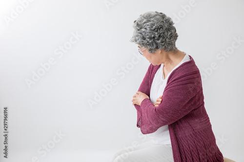 Valokuva  高齢者の女性