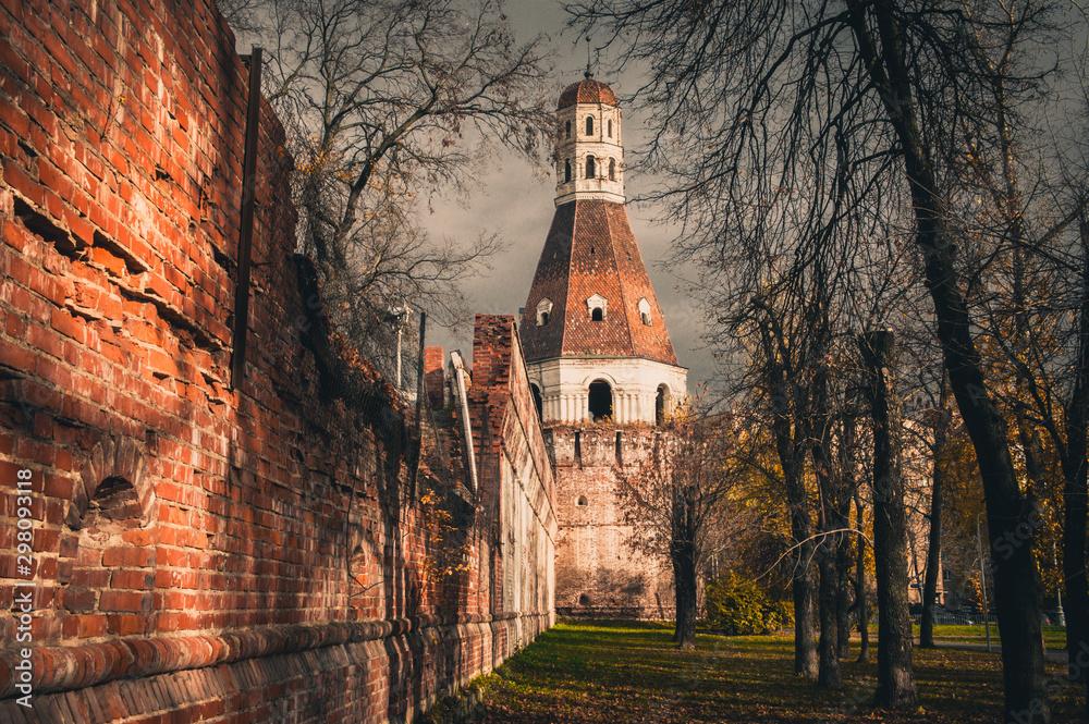 Fototapety, obrazy: Half ruined brick wall and Solevaya tower of Simonov Monastery, Zamoskvorechye District, Moscow, Russia