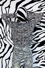 Anonymous Model In Headscarf N...