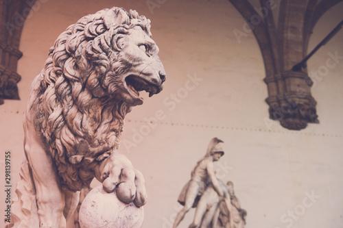 Fotografiet  Lion at Loggia dei Lanzi, Piazza della Signoria, Florence, Italy