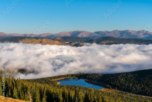 Foto Fog Inversion on Mount Evans