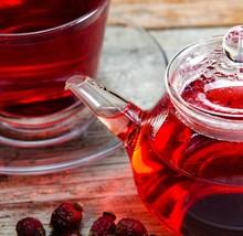 Fruit Berry Tea In The Cup Ser...
