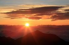 涸沢岳より日の出