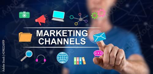 Fotografía  Man touching a marketing channels concept