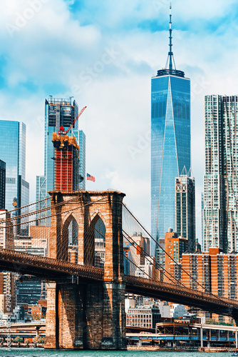 Fototapeta Suspension Brooklyn Bridge across Lower Manhattan and Brooklyn. New York, USA. obraz