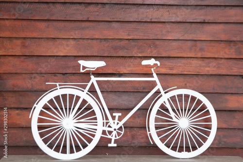 Foto auf Gartenposter Fahrrad white bike