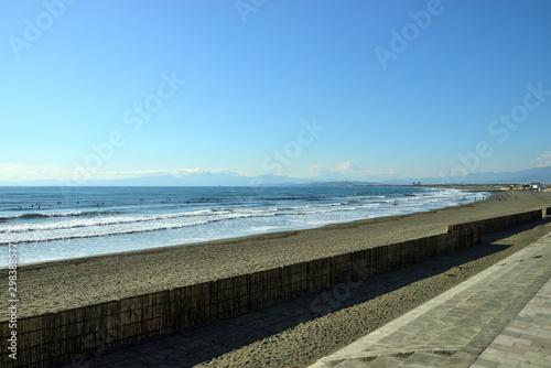 Fototapeta 神奈川県藤沢市鵠沼海岸の風景