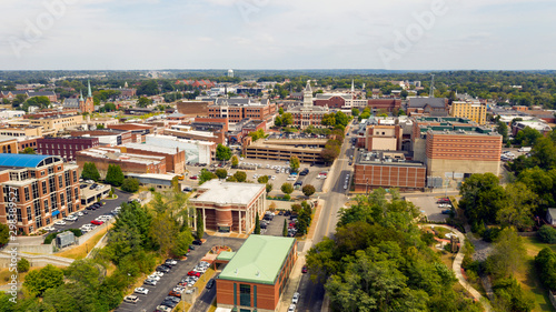 Fotografía  Aerial View over the Buildings and Infrastructure in Clarksville Tennessee