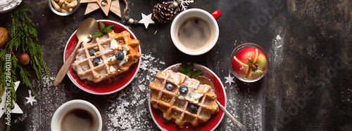 Fotografía Christmas breakfast with waffles.