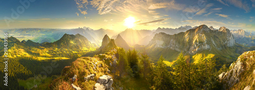 Foto op Aluminium Ochtendgloren Autumn mountains at sunrise in Switzerland