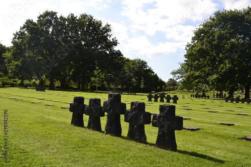 Obraz na plátně Cementerio Militar Alemán La Cambe (Francia )