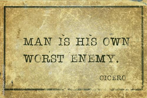 Fotografía  own enemy Cicero