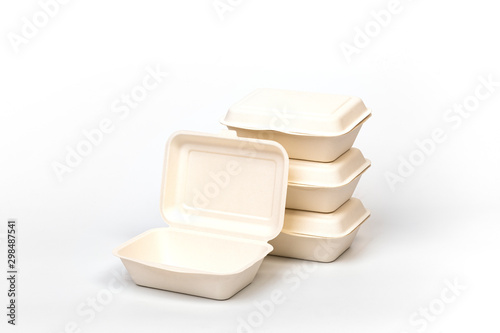 Photo Food packaging made from paper pulp bagasse