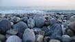 beach, piter, stein, meer, fels, kies, kies, fels, natur, wasser, küste, beschaffenheit, ozean, himmel, landschaft, blau, hintergrund, sommer, abstrakt, welle, dekor, meerlandschaft, gestade, glatt