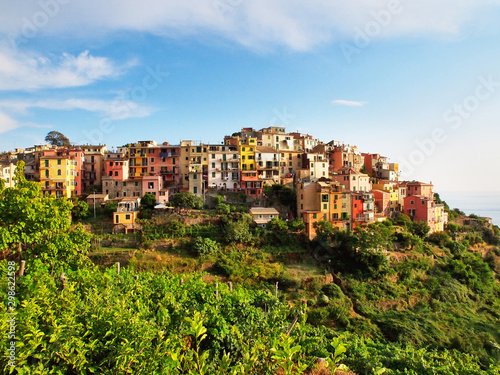 Photographie  Campiglia Tramonti - Cinque Terre: typical centuries-old seaside village on the
