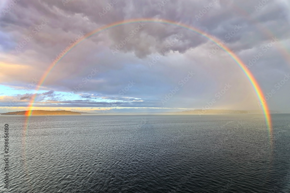 Fototapety, obrazy: Colorful views of the rainbow against the sky, clouds and sea horizon. Commencement Bay,Tacoma,USA      A.