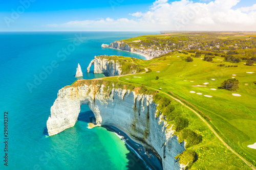 Picturesque panoramic landscape on the cliffs of Etretat Fototapeta