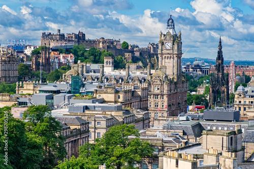 Recess Fitting Havana View of the city of Edinburgh in Scotland