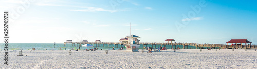 Cuadros en Lienzo Clearwater beach with beautiful white sand in Florida USA