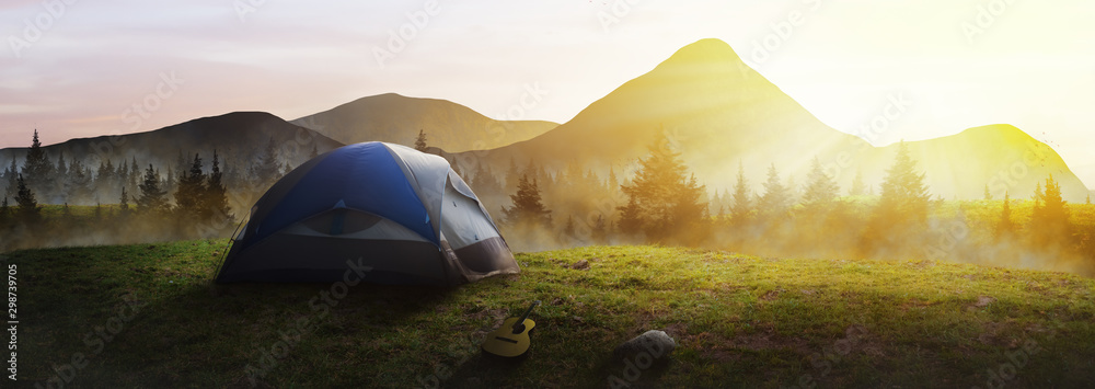 Fototapety, obrazy: Panoramic tent in the mountains