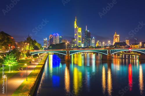 Montage in der Fensternische Amsterdam Frankfurt am Main at night, Germany
